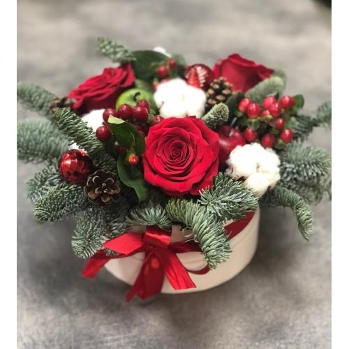 Купить на заказ Заказать Букет «Веселый Санта» с доставкой по Талдыкоргану с доставкой в Талдыкоргане