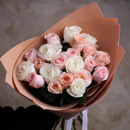 Купить на заказ Заказать Букет из 21 розы (микс) с доставкой по Талдыкоргану с доставкой в Талдыкоргане